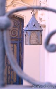 blue-lantern-in-nice-12_0