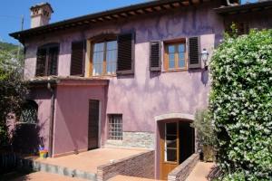 villa-in-vorno-italy