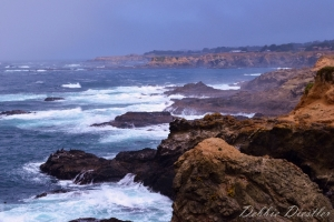 crashing-waves-on-mendocino-coast-10