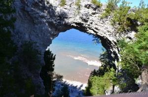 arch-rock-mackinac-island-mi-12
